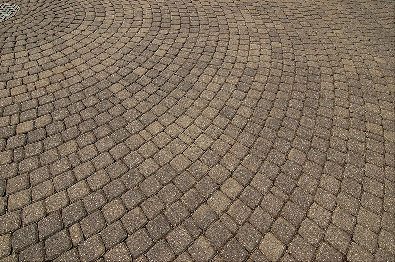 5 Reasons To Choose Paving Stones